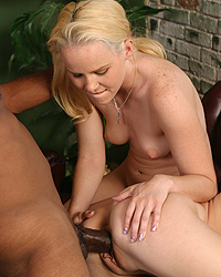 Candi Summers